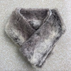 Gray Faux Fur Scarf/stole